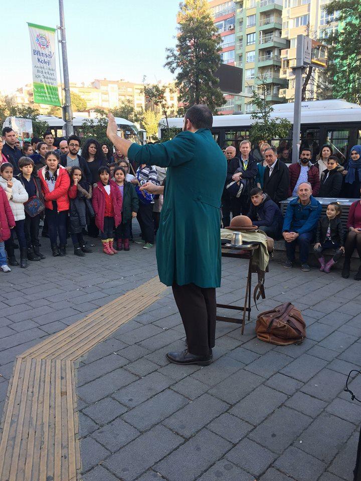 Spettacolo Stramagante in Turchia